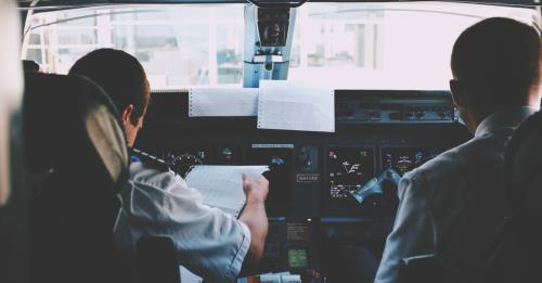 View article Pilots Learn How Not To Crash--Preachers Can, Too