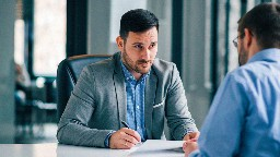 View article 3 Warning Signs That Leaders Are Not On Board